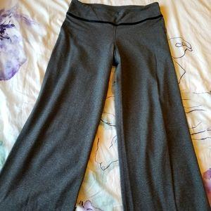 Rare Size 8 Reg Grey Lululemon Workout Gym Pants